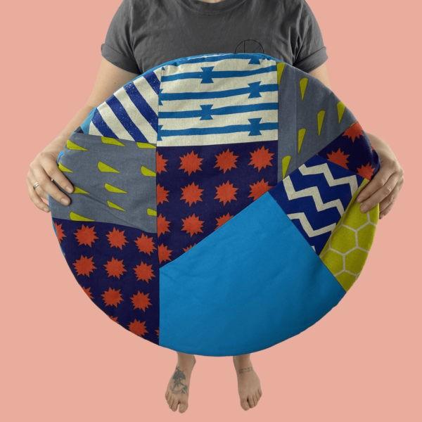 blanket cushion bunt, türkis